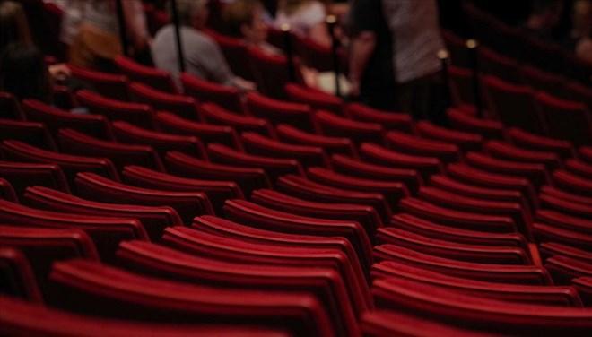 Özel Tiyatroların Kayıt İşlemleri Yönetmelikle Belirlendi
