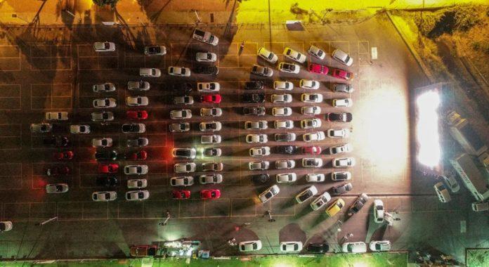 Bir Arabalı Açık Hava Sineması da Antalya'dan