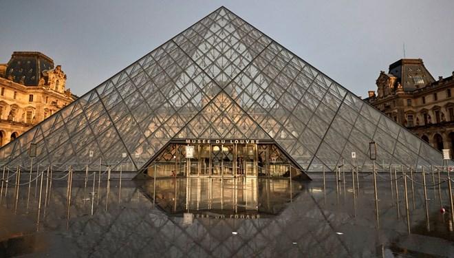 Louvre Müzesi'ni Sanal Ortamda Ziyaret Edenlerin Sayısı Belli Oldu