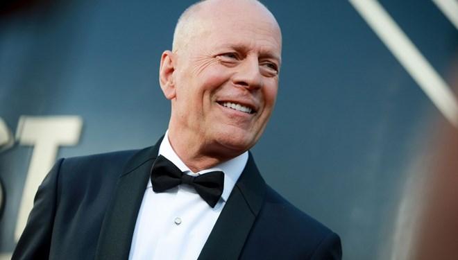 Bruce Willis'in Yeni Filmi Cosmic Sin'den İlk Kare