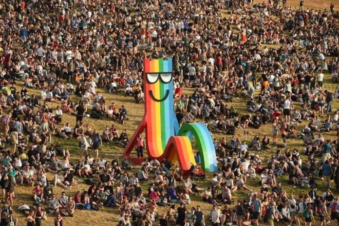 Glastonbury Festivali'nin 50. Yılı Sanal Sergiyle Kutlanıyor
