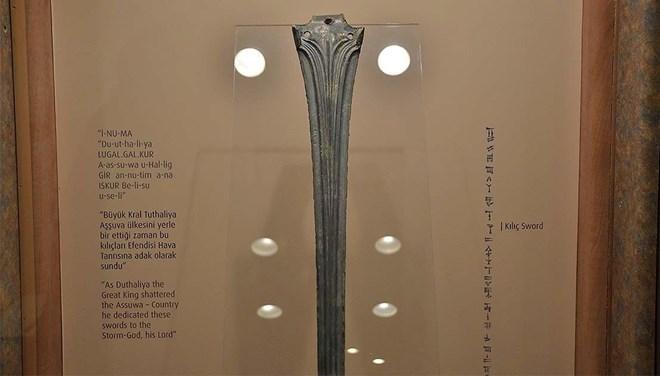 Hitit Kralı Tuthaliya'nın Kılıcı İstanbul Havalimanı Müzesi'nde Sergilenecek