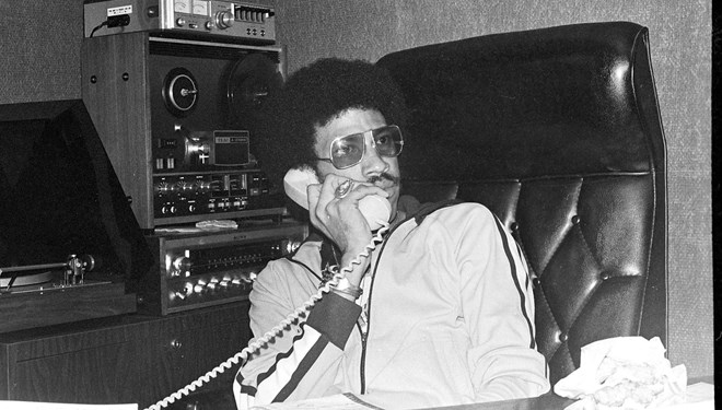 Lionel Richie Müzikali Geliyor