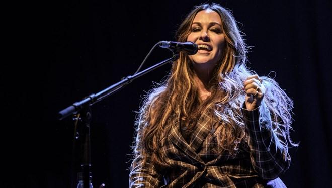 Alanis Morissette'den Sekiz Yıl Sonra Yeni Albüm