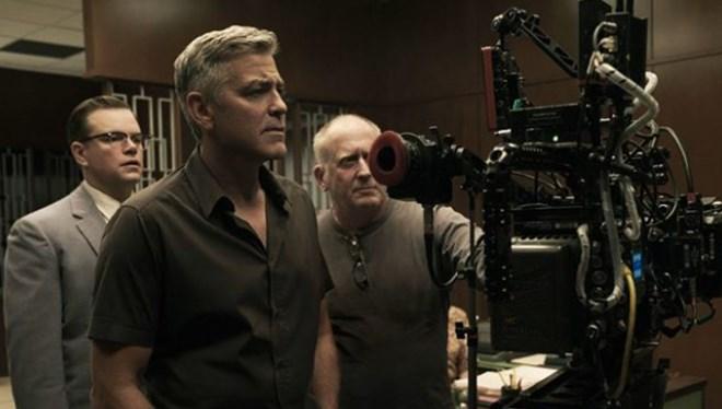 George Clooney Hem Yapımcı Hem Yönetmen Koltuğunda