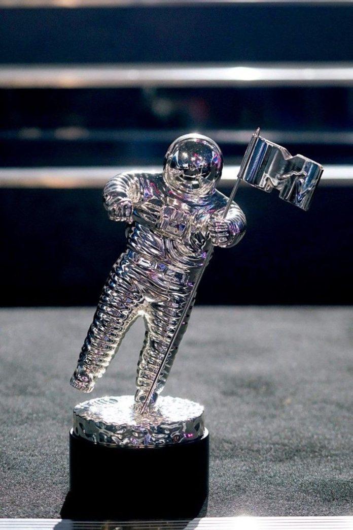 2020 MTV Video Müzik Ödülleri Sahiplerini Buldu 2020 MTV Video Müzik Ödülleri Sahiplerini Buldu