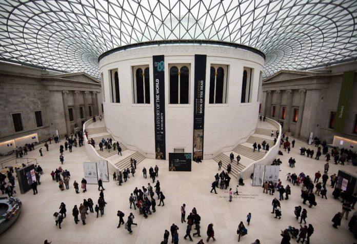British Museum Köleci Kimliği Nedeniyle Sir Hans Sloane Büstünü Sergiden Çıkardı