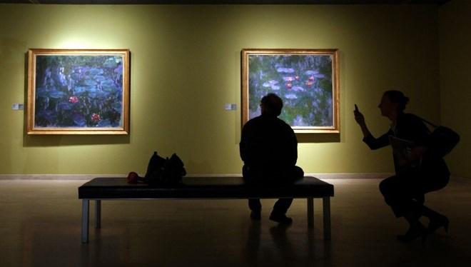 Monet'nin Nilüferleri İngiltere'ye Gidiyor