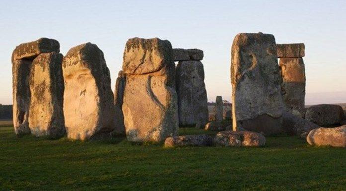 Stonehenge'teki Dev Kayaların Nereden Geldiği Çözüldü