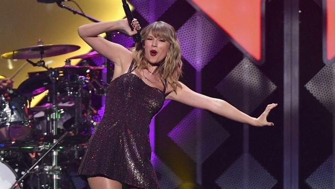 Taylor Swift Zirveden İnmiyor