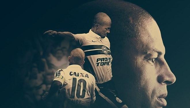 Alex de Souza'nın Futbol Kariyerini Anlatan Alex Camera 10 Belgeseli Amazon Prime'da