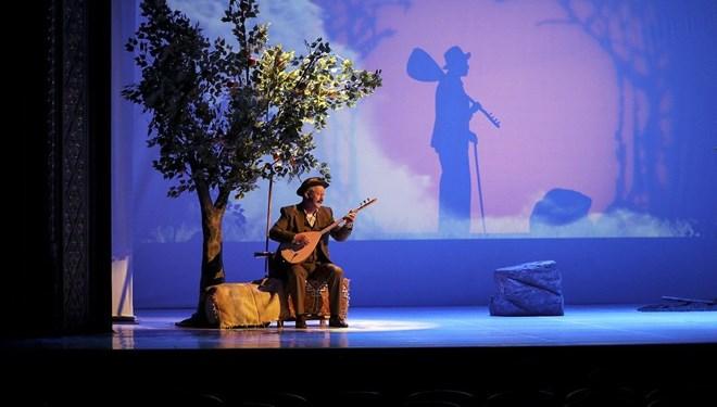 Devlet Tiyatroları 'Aşık Veysel'in Dünya Prömiyeri İle Yeni Sezonu Açtı
