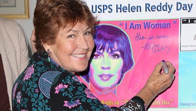 Grammy Ödüllü Feminist Şarkıcı Helen Reddy Hayatını Kaybetti
