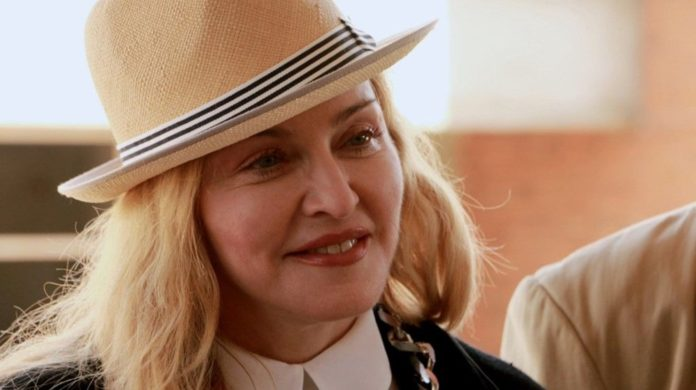 Madonna Kendi Hayatının Filmini Kendi Çekecek