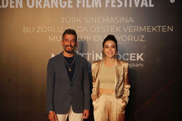 Altın Portakal'ın İlk Filmi Kar Kırmızı Seyirciyle Buluştu