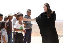 Angelina Jolie'den Çocuk Hakları Kitabı