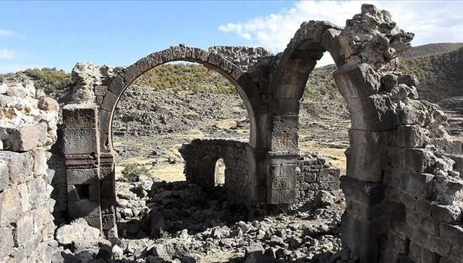 İç Anadolu'nun 'Efes'i Olmaya Aday Mokissos Antik Kenti Ayağa Kaldırılmayı Bekliyor