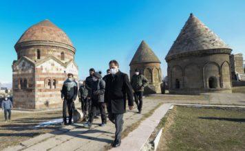800 yıllık Üç Kümbetler'in Hareketliliği Sensörlerle İnceleniyor