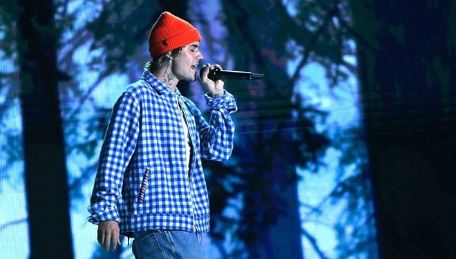 Justin Bieber'dan Grammy Tepkisi: Ben Pop Değil R&B Albümü Yaptım