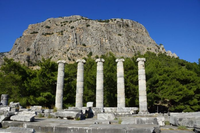 M.Ö. 4.Yüzyılda Kurulan İlk Planlı Şehir Priene