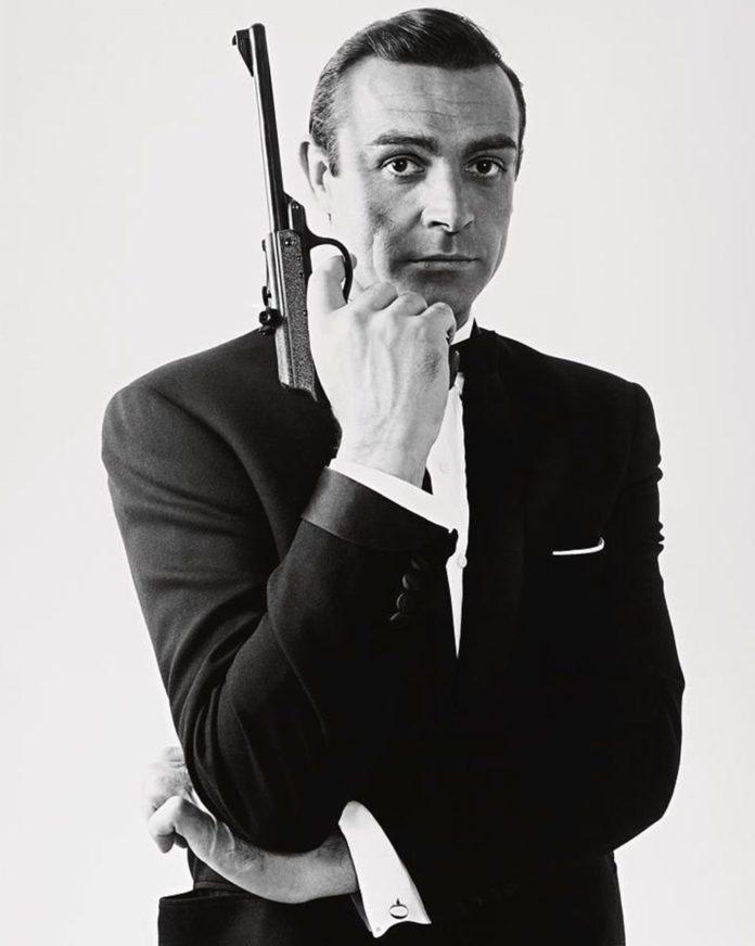 Sean Connery'nin İlk James Bond Filmi Dr. No'daki Silahı Açık Artırmaya Çıkarılıyor