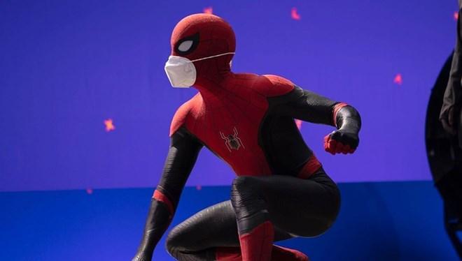 Tom Holland Örümcek Adam 3 (Spider Man 3) Filminden İlk Görseli Paylaştı
