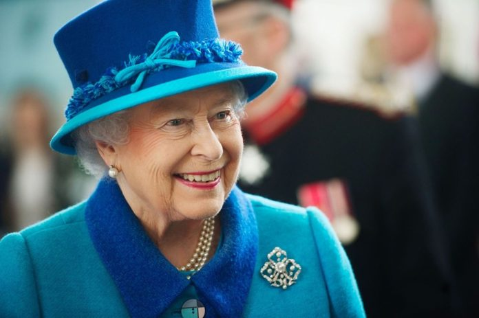 Kraliçe II. Elizabeth'in Uzun Yaşam Sırları İfşa Oldu