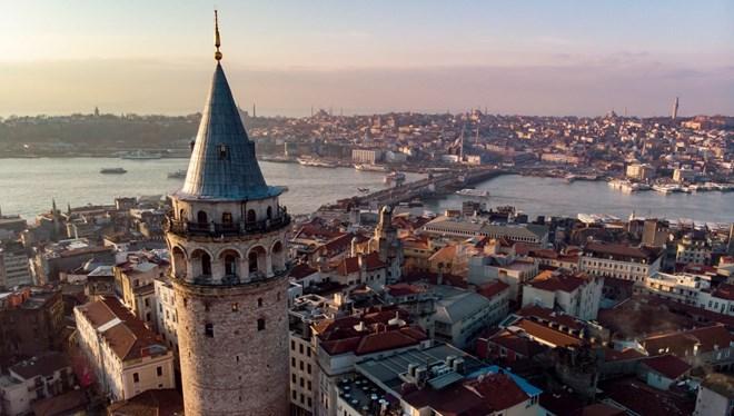 Barbara Nadel, İstanbul'un Büyüsünü Yazdı