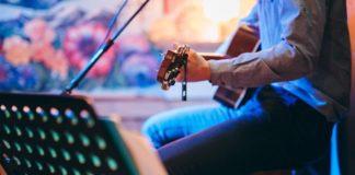 240 Müzisyenden 10 Gün Boyunca Evden Kesintisiz Canlı Konserler: Her Ev Bir Sahne