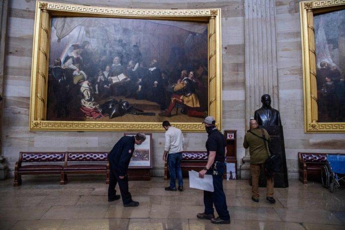 Kongre Baskınında Zarar Gören Sanat Eserleri İçin 25 Bin Dolar Gerekiyor