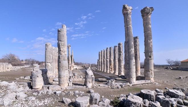 Mersin'deki Uzuncaburç Antik Kenti'nin 2 Bin 300 Yıllık Tarihine Özel Restorasyon