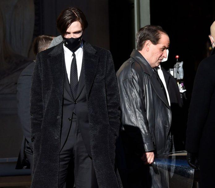 Robert Pattinson'ın Dublörü de Corona Virüse Yakalandı