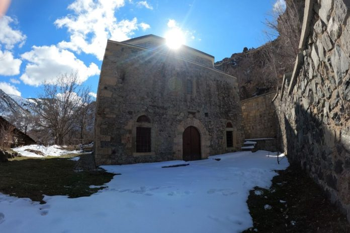 Gümüşhane'deki 800 Yıllık Ecdat Yadigarı Camiye Eksik Restorasyon İddiası