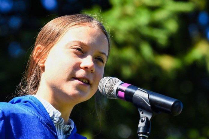 Greta Thunberg'in Gerçek Boyutlu Heykeli Tartışma Yarattı