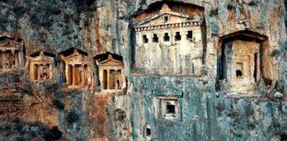 Kaunos Antik Kenti'ndeki Kaya Mezarları Yok Olma Tehlikesiyle karşı Karşıya